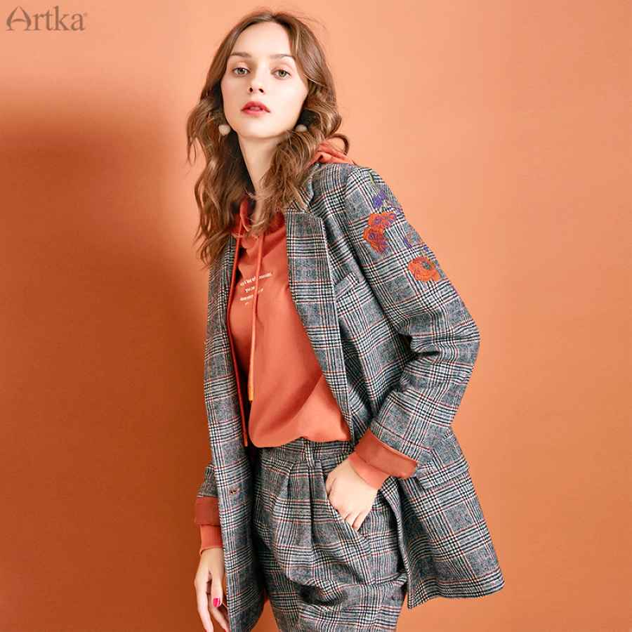 Artka 2019 Autumn Winter New Women Suits Vintage Embroidery Plaid